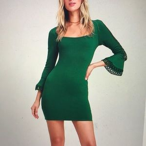 NWT Lulu's Green Flounce Sleeve Bodycon Mini Dress